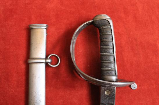 60TH KINGS OWN ROYAL RIFLES CORPS OFFICER'S SWORD-SOLD